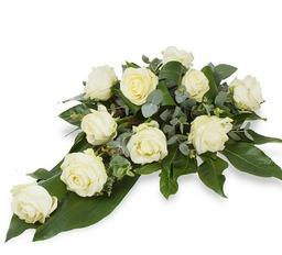 Rouwbloemstuk white roses